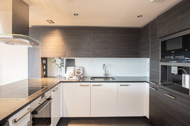 2 bedroom(s) apartment to sale in Octavia House, 213 Townmead Road, Fulham-image 14