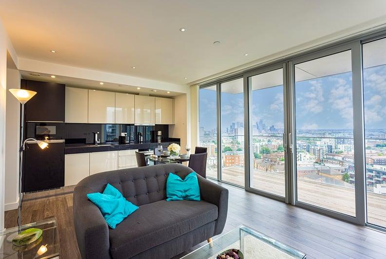 1 bedroom(s) apartment to sale in Alie Street, Whitechapel, London-image 1