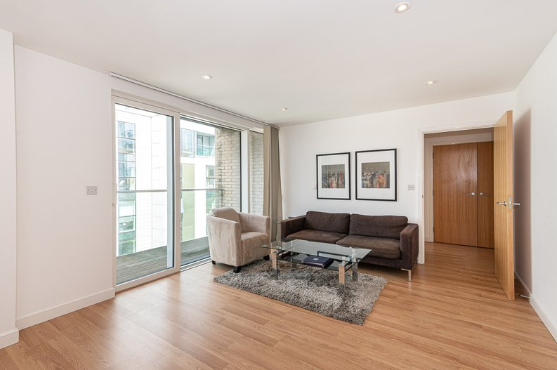 1 bedroom(s) apartment to sale in Waterside Apartments, Goodchild Road, London-image 1
