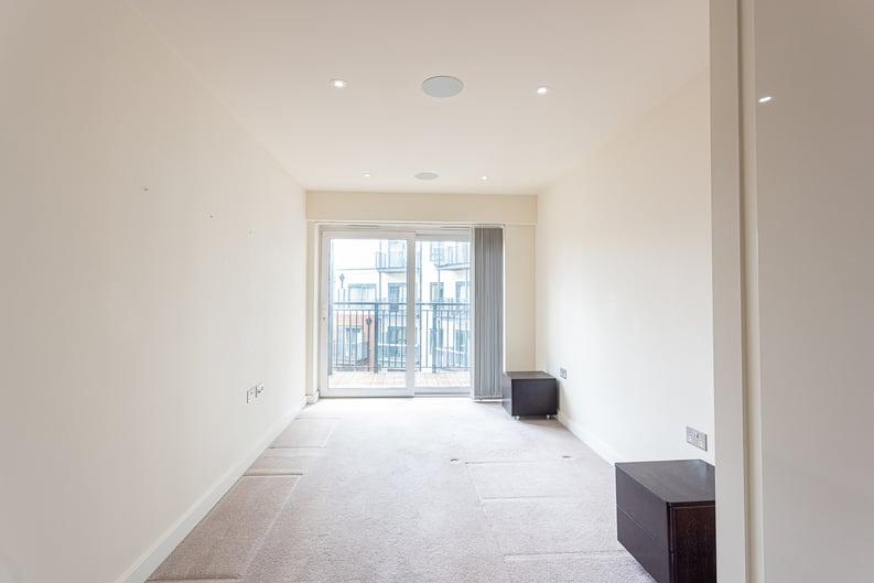 2 bedroom(s) apartment to sale in 22 Aerodrome Road, Beaufort Park-image 10