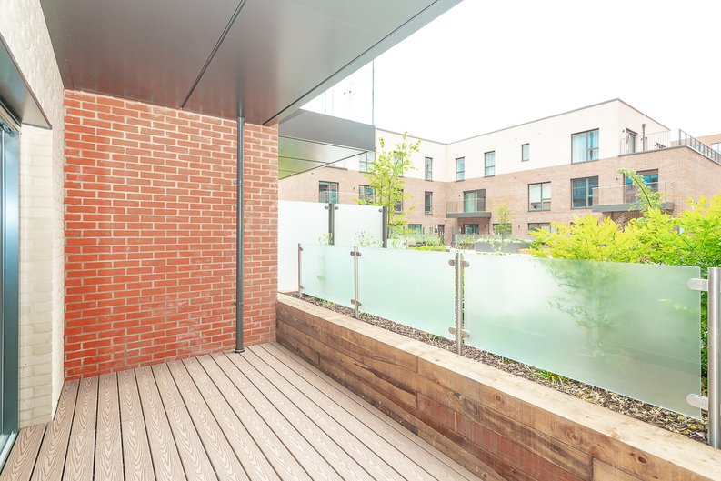 2 bedroom(s) apartment to sale in Thonrey Close, Colindale Gardens, Colindale-image 13