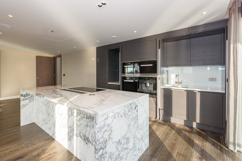 3 bedroom(s) apartment to sale in Distillery Wharf, Parr's Way, Hammersmith-image 8