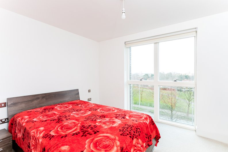 2 bedroom(s) apartment to sale in Bodiam Court, Park Royal-image 9