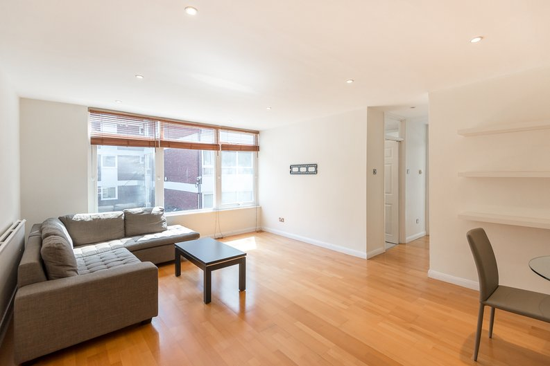 1 bedroom(s) apartment to sale in Imperial Towers, Netherhall Gardens, London-image 2