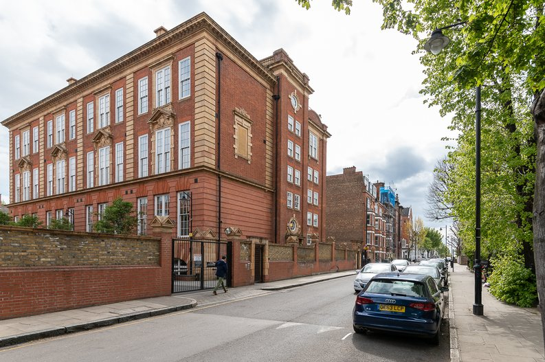 1 bedroom(s) apartment to sale in Gore House, Drummond Way, Islington, London-image 16