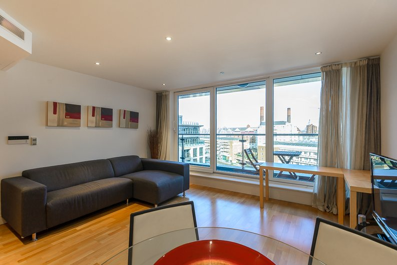 2 bedroom(s) apartment to sale in Regency House, The Boulevard, Imperial Wharf, Fulham-image 1