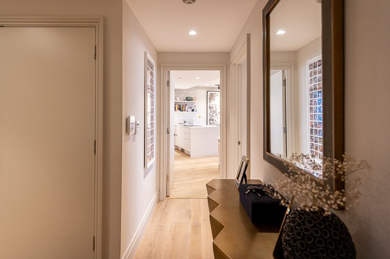 2 bedroom(s) apartment to sale in Queens Wharf, Crisp Road, Hammersmith-image 11