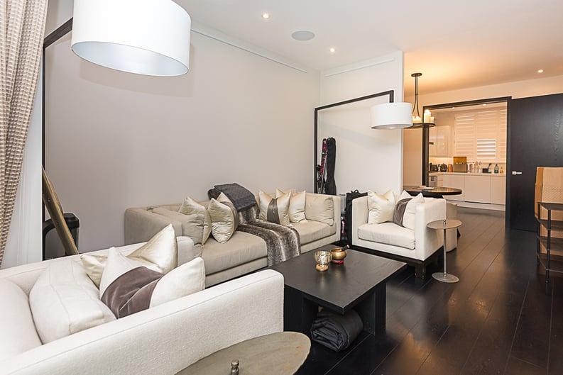 5 bedroom(s) house to sale in Cadogan Lane, Knightsbridge-image 1