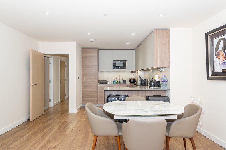 2 bedroom(s) apartment to sale in Argent House, Beaufort Park , London-image 2