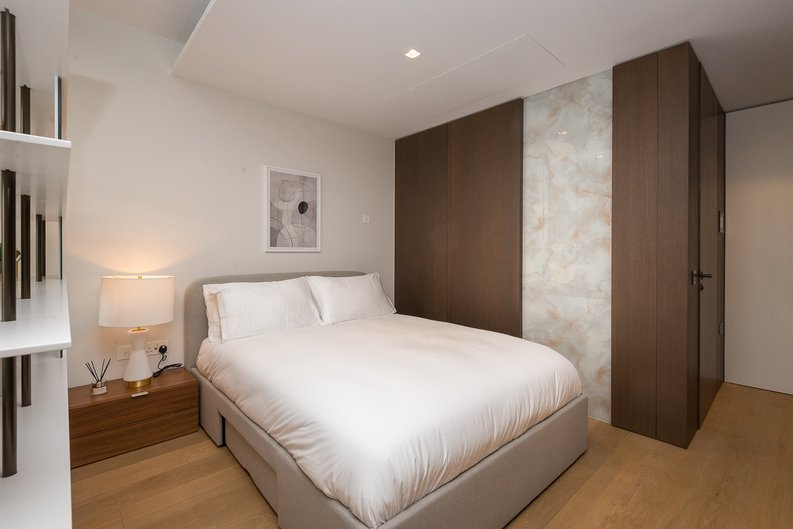 1 bedroom(s) apartment to sale in Casson Square, Southbank Place, Waterloo, London-image 8