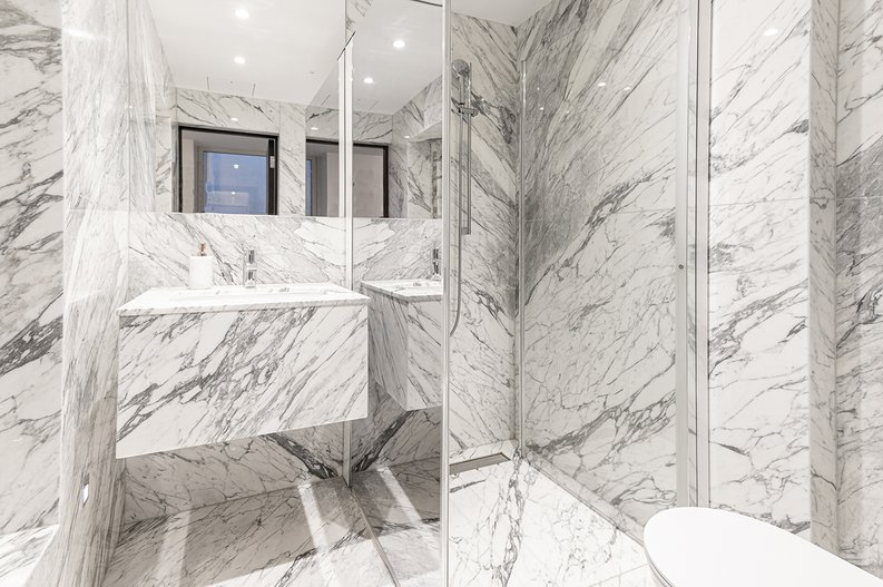 2 bedroom(s) apartment to sale in Park Street, Mayfair, London-image 18