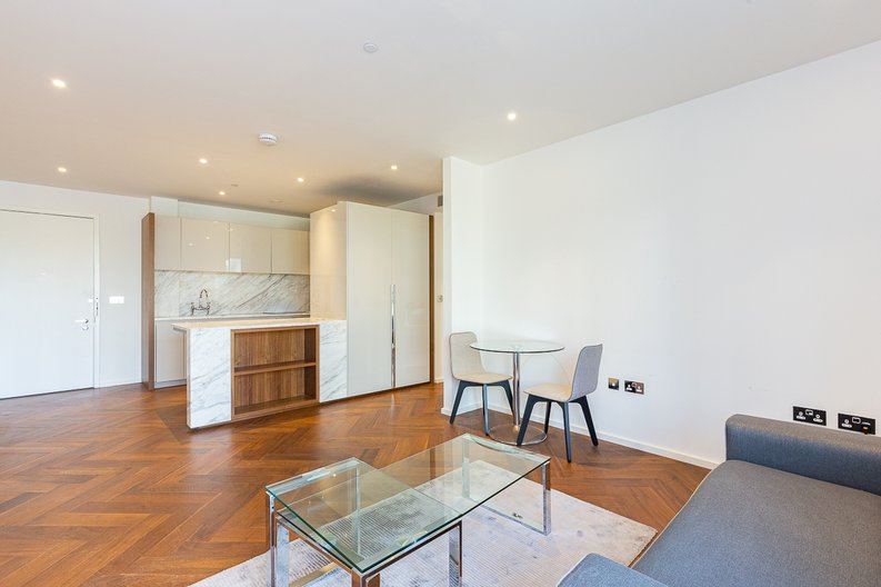 1 bedroom(s) apartment to sale in Ambassador Building, New Union Square, Nine Elms-image 1