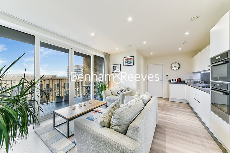 2 bedroom(s) apartment to sale in Moorhen Drive, Hendon, London-image 9