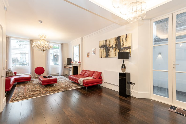 2 bedroom(s) apartment to sale in Park Street, Mayfair, London-image 15