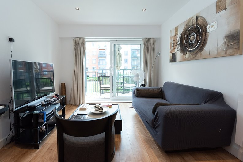 1 bedroom(s) apartment to sale in Eldon House, Beaufort Park, Colindale-image 6