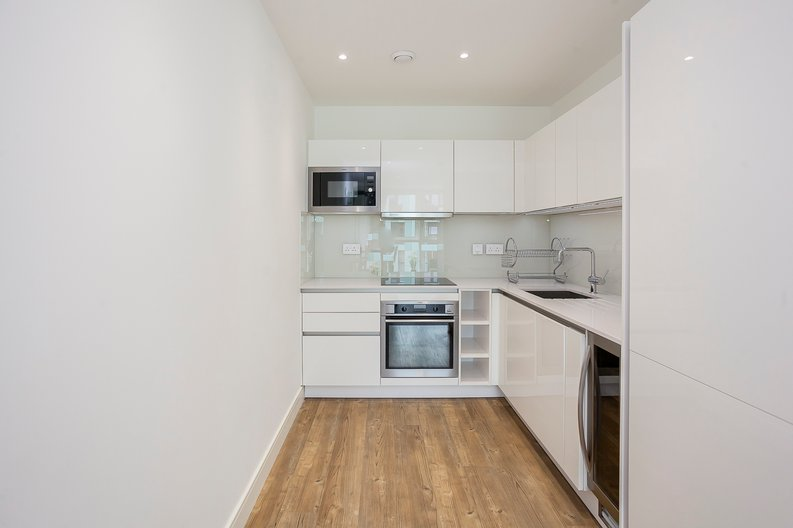 1 bedroom(s) apartment to sale in Lariat Apartments, Cable Walk, Greenwich, London-image 12