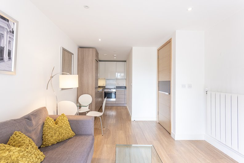 1 bedroom(s) apartment to sale in Seafarer Way, Surrey Quays, London-image 11