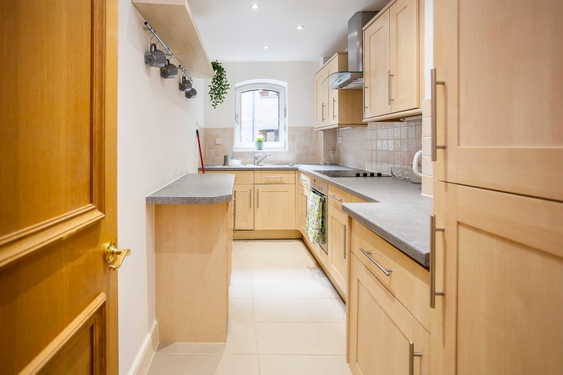 2 bedroom(s) apartment to sale in Scotts Sufferance Wharf, 5 Mill Street, Bermondsey-image 5