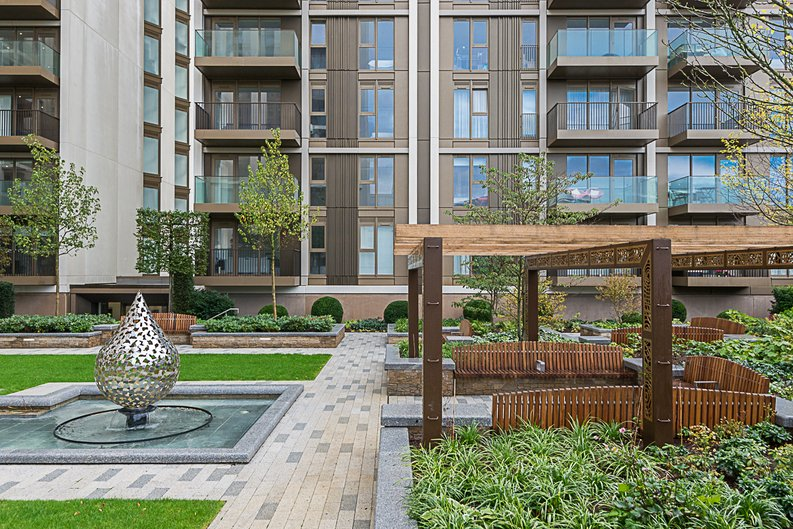 1 bedroom(s) apartment to sale in Belvedere Row, White City , London-image 20