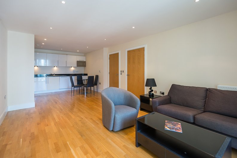 1 bedroom(s) apartment to sale in Cobalt Point, Millharbour, Canary Wharf, London-image 1