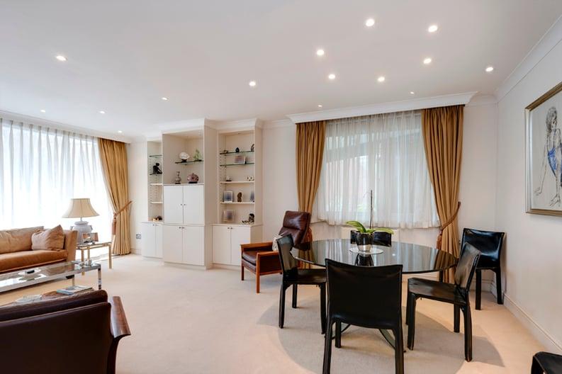 2 bedroom(s) apartment to sale in Broadlands Lodge, Broadlands Road, Highgate, London-image 2