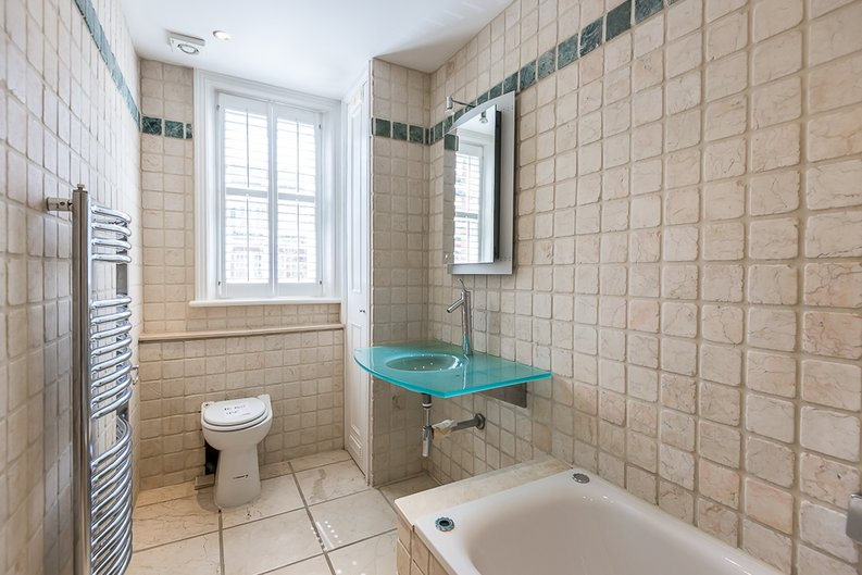 6 bedroom(s) house to sale in Glenloch Road, Belsize Park, London-image 18