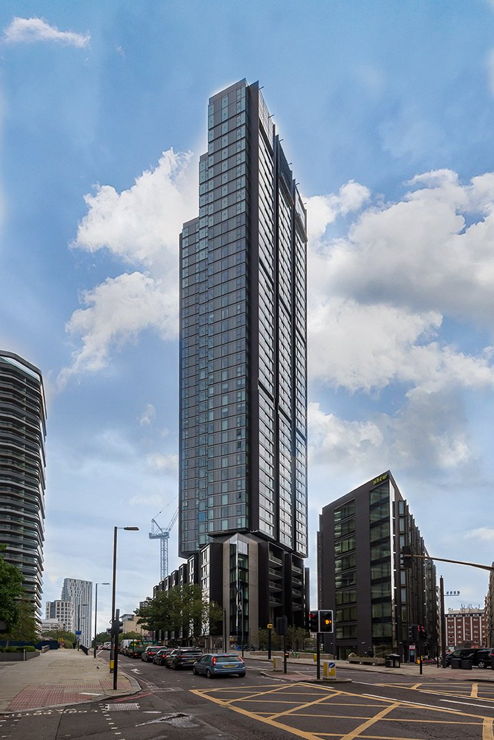 1 bedroom(s) apartment to sale in Carrara Tower, 250 City Road, Angel-image 1