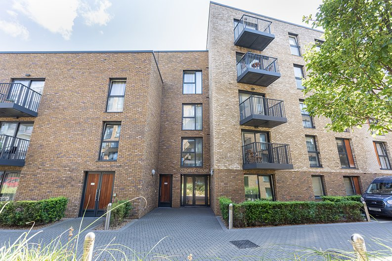 1 bedroom(s) apartment to sale in Ashton Reach, Surrey Quays, London-image 14
