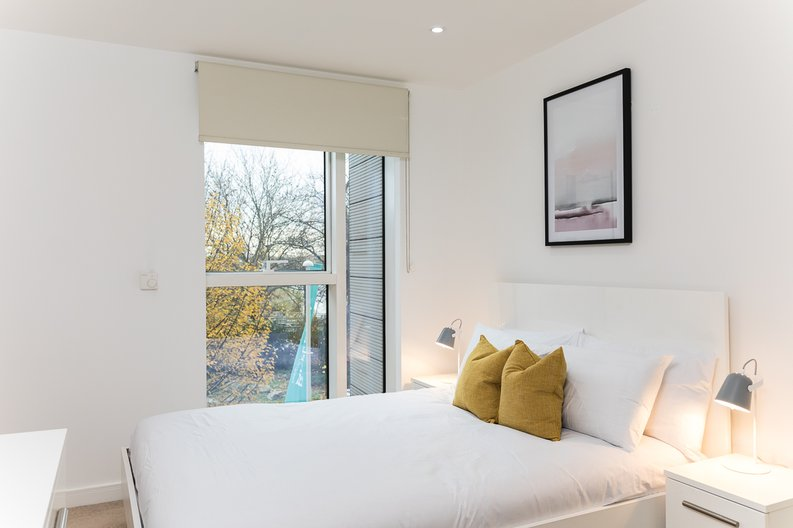 1 bedroom(s) apartment to sale in Riverside Apartments, Goodchild Road, Woodberry Down, Manor House-image 8