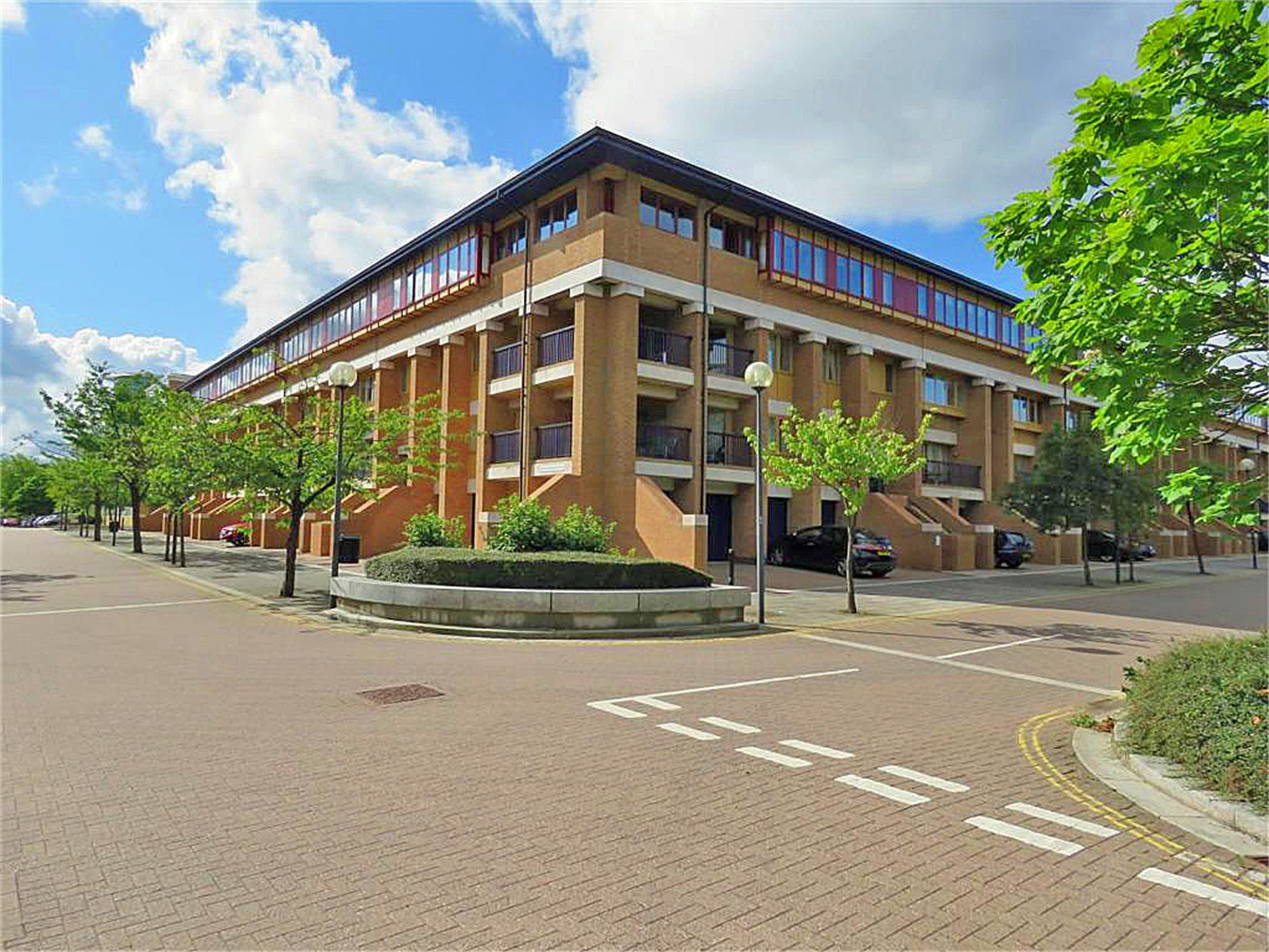 North Thirteenth Street, Milton Keynes, Buckinghamshire Image