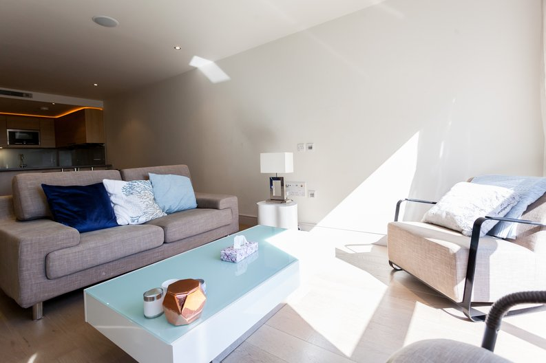 1 bedroom(s) apartment to sale in Octavia House, Townmead Road , Fulham-image 5