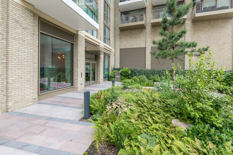 1 bedroom(s) apartment to sale in Emery Wharf, 1 Emery Way, Royal Mint, Wapping-image 11