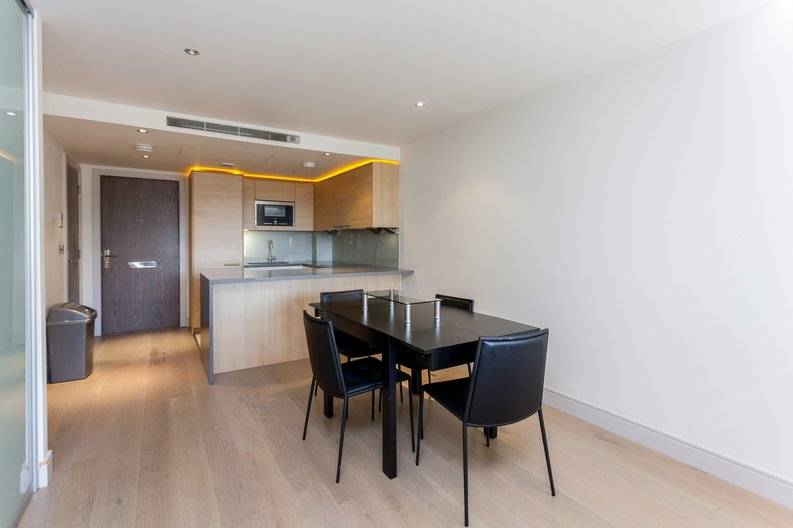 1 bedroom(s) apartment to sale in Octavia House, Townmead Road , Fulham-image 3
