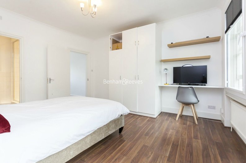 3 bedroom(s) house to sale in Endell Street, Covent Garden, London-image 10