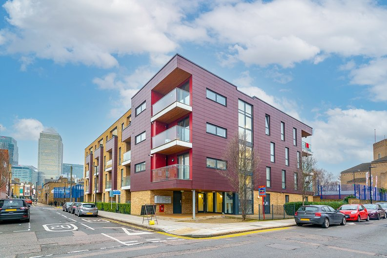 3 bedroom(s) apartment to sale in Annabel Close, Poplar, London-image 10