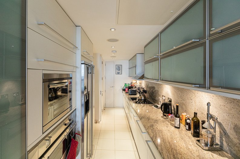 3 bedroom(s) apartment to sale in Cromwell Road, South Kensington, London-image 2