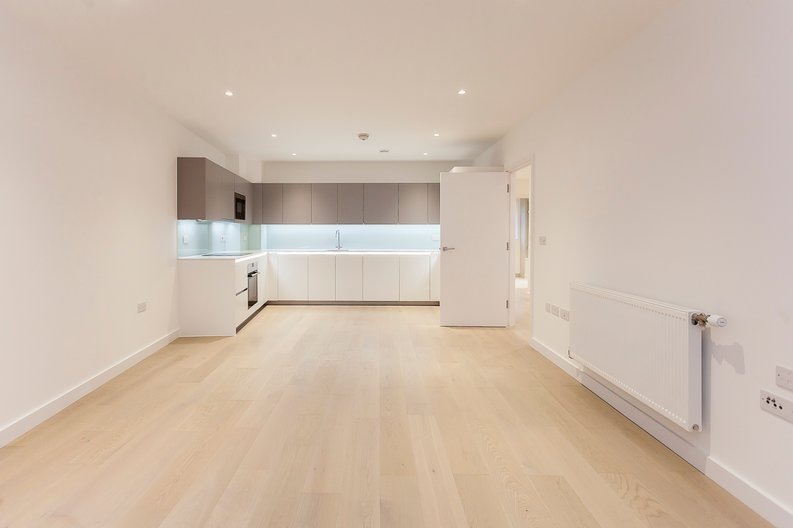 2 bedroom(s) apartment to sale in Collins Building, Wilkinson Close, Cricklewood-image 3
