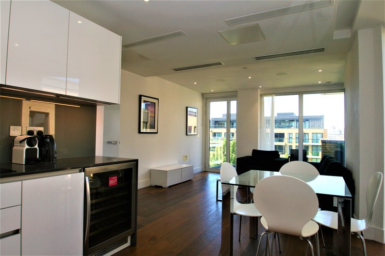 2 bedroom(s) apartment to sale in Westbourne Apartments, 5 Central Avenue, Fulham , London-image 7