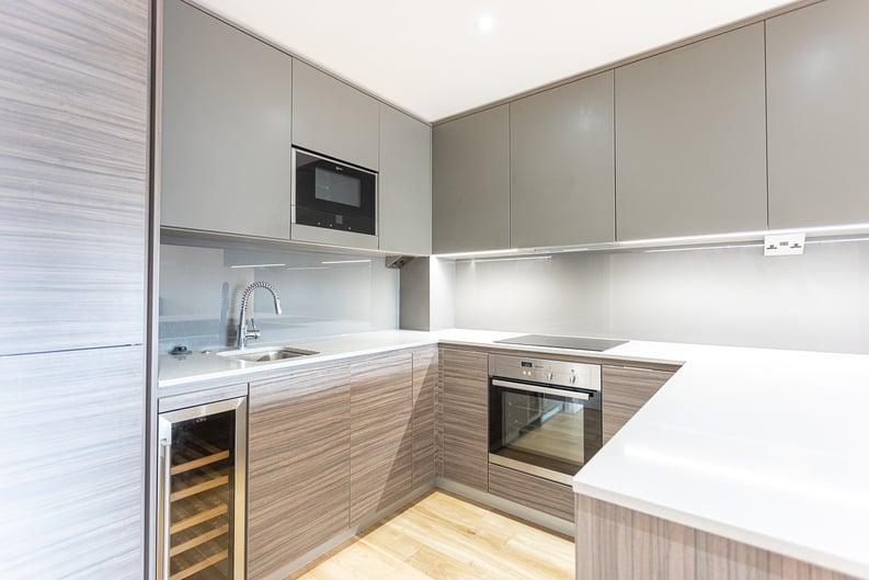 2 bedroom(s) apartment to sale in 22 Aerodrome Road, Beaufort Park-image 5