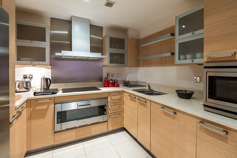2 bedroom(s) apartment to sale in Fountain House, The Boulevard, Imperial Wharf, Fulham-image 6