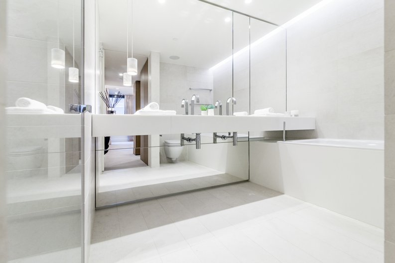 3 bedroom(s) apartment to sale in Rathbone Place, Fitzrovia-image 2