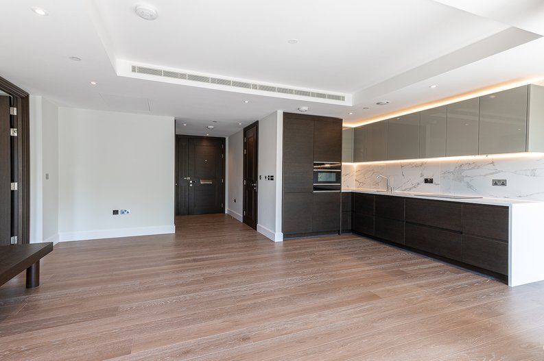 1 bedroom(s) apartment to sale in Sherrin House, Royal Warwick Square, Kensington-image 7