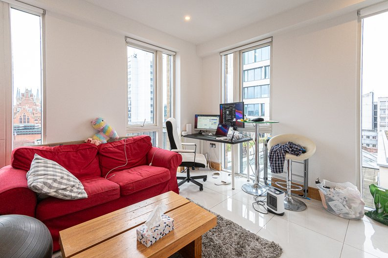 1 bedroom(s) apartment to sale in Churchway, King's Cross, London-image 3