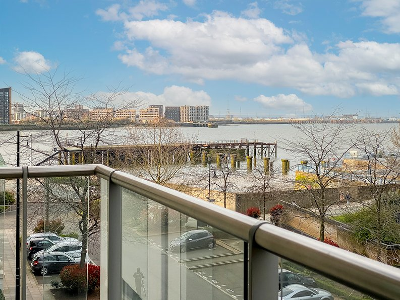 2 bedroom(s) apartment to sale in Building 50, Argyll Road, Royal Arsenal Riverside , London-image 2