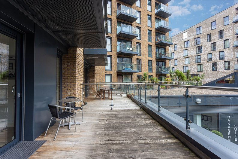 1 bedroom(s) apartment to sale in Seafarer Way, Surrey Quays, London-image 10