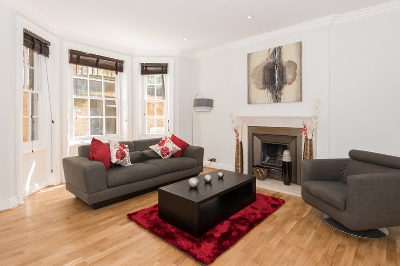 3 bedroom(s) apartment to sale in Bullingham Mansions, Pitt Street, Kensington-image 4