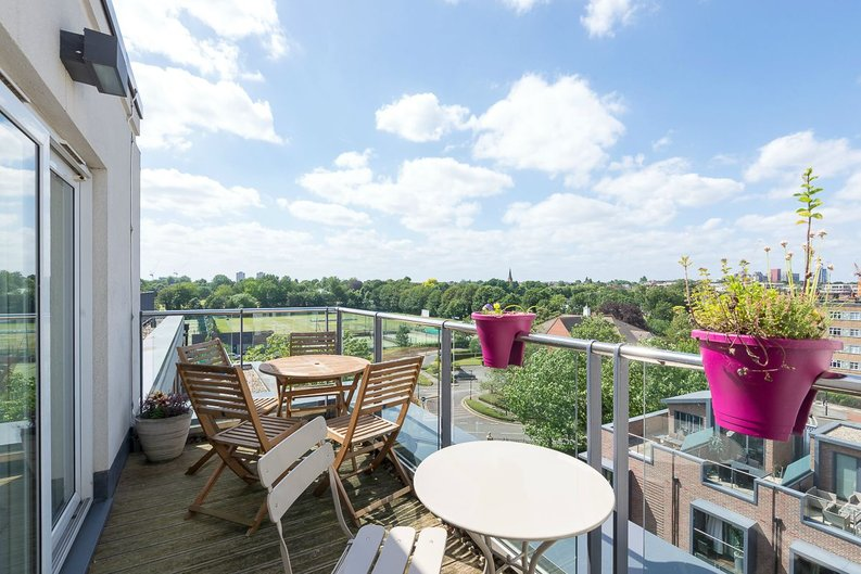 1 bedroom(s) apartment to sale in Napier House, Bromyard Avenue, Acton-image 1