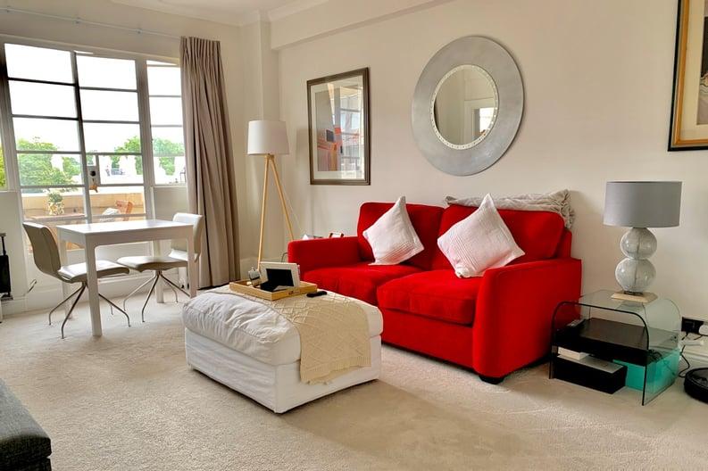 1 bedroom(s) apartment to sale in Broadwalk Court, Palace Gardens Terrace, Kensington-image 2