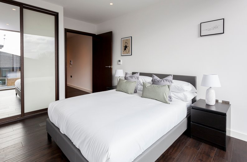 2 bedroom(s) apartment to sale in Rosemary Place, 85 Royal Mint Street, Tower Hill, London-image 12