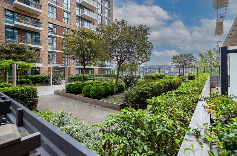 1 bedroom(s) apartment to sale in Drummond House, Victory Parade, Woolwich, London-image 11